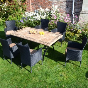 Monte Carlo table with Stockholm chairs