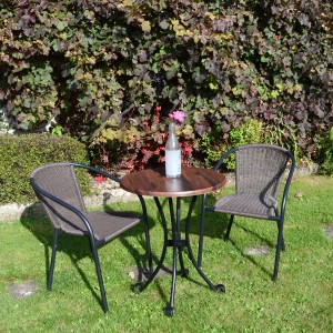 Dalarna Bistro table with San Luca chairs