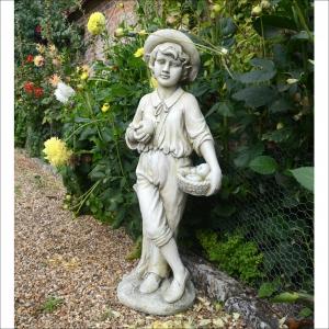 Edward Statue