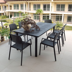 Libeccio Table Anthracite with Bora Chairs