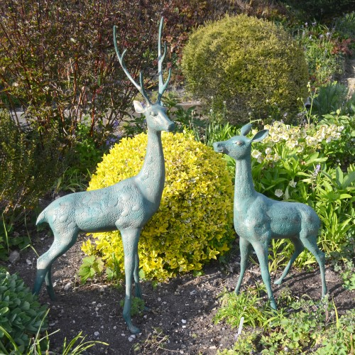 Deer large pair
