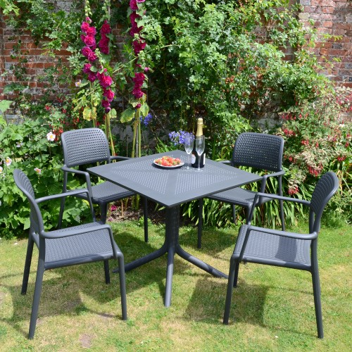 Clip Table with Bora chairs – Anthracite grey