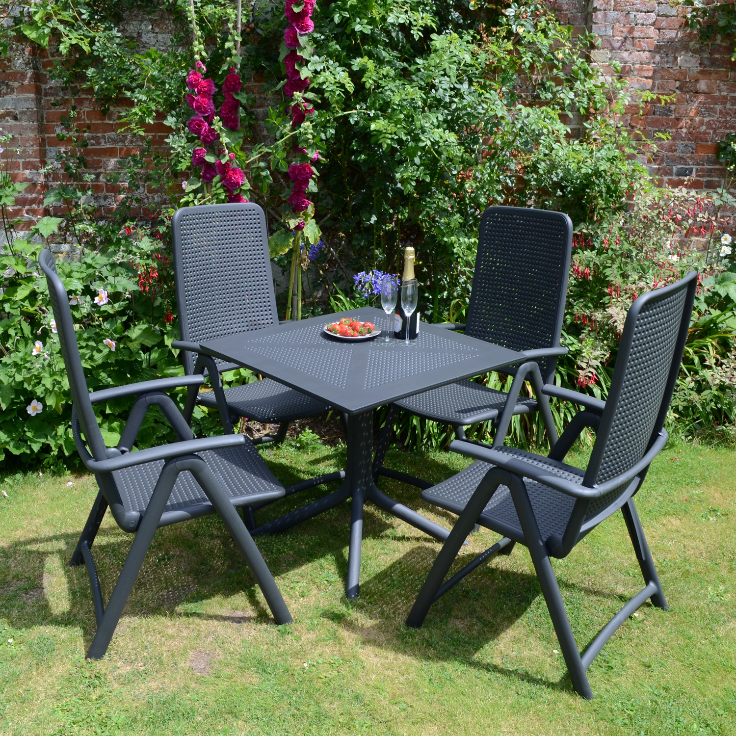 clip table anthracite europa leisure uk. Black Bedroom Furniture Sets. Home Design Ideas