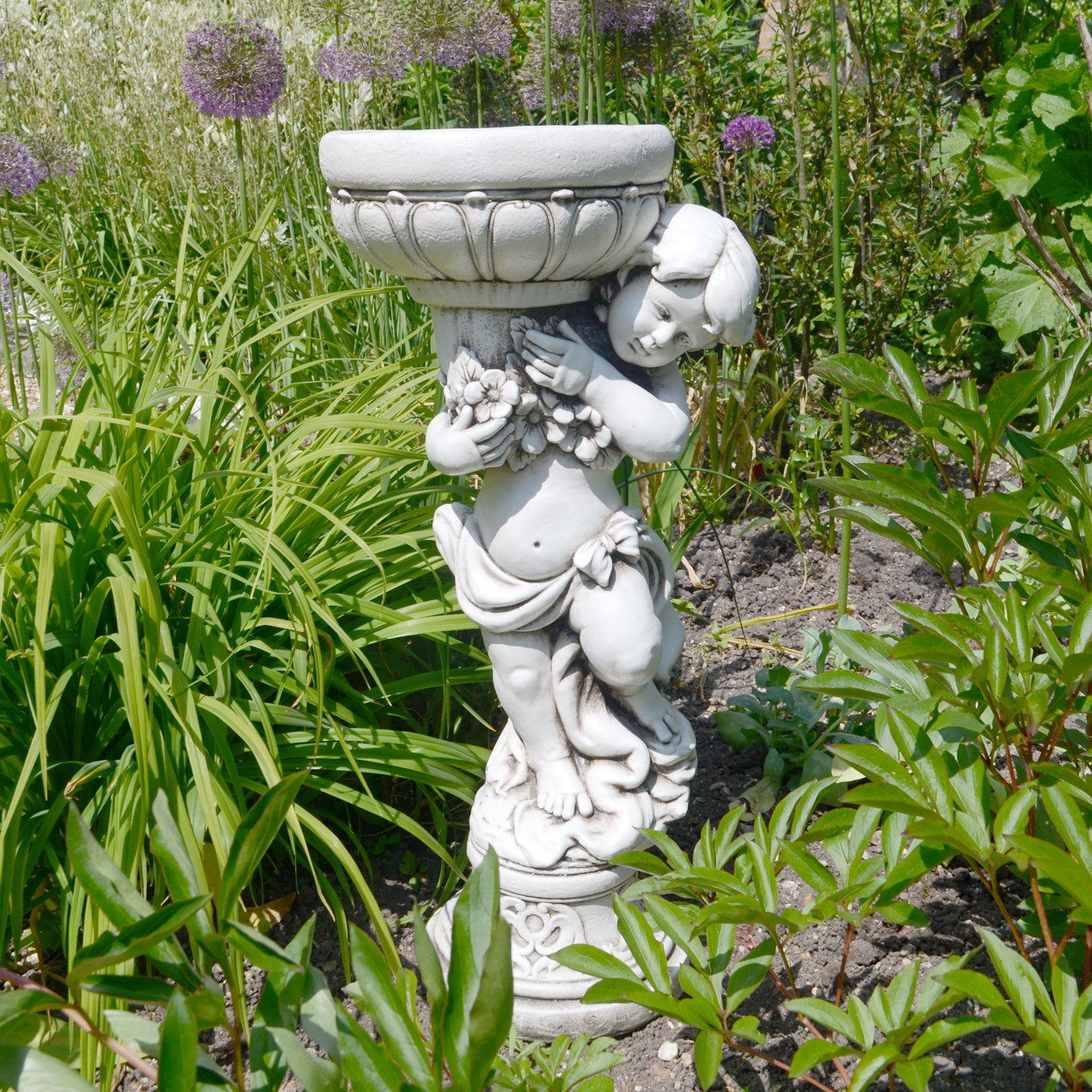 James boy planter statue