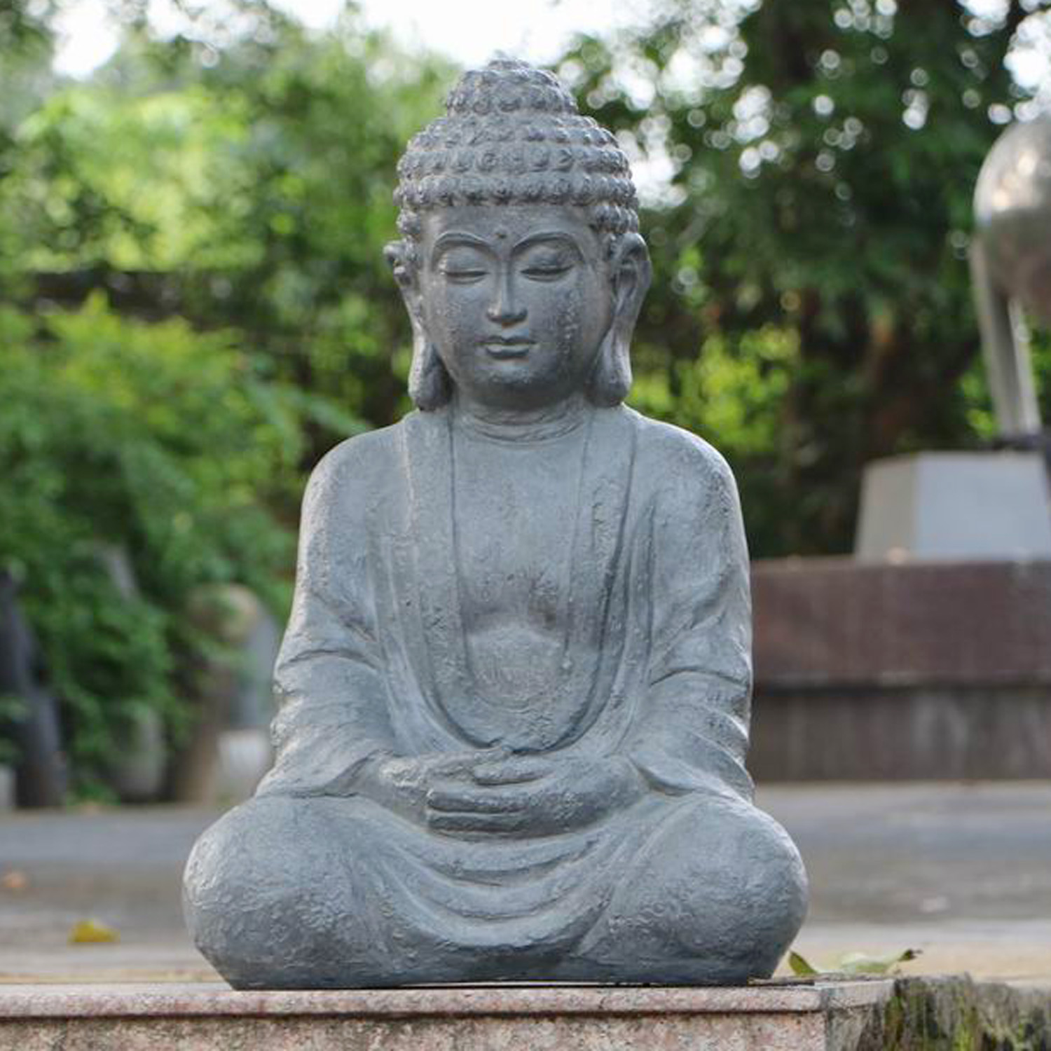 Buddha Statues For The Garden: Buddha Traditional Statue