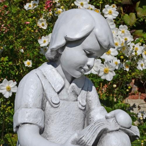 FINN Reading Boy White Stone Effect