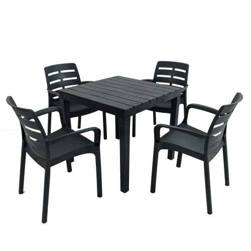 Roma square table with Siena chairs