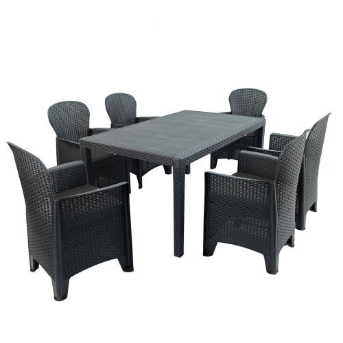 Salerno table with Sicily chairs