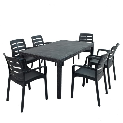 Salerno table with Siena chairs